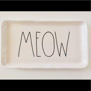 NEW! ✨Charming Rae Dunn, 'MEOW' Dish